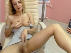 Русский отец выебал молодую дочь смотреть порно